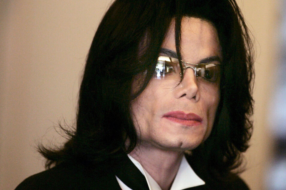 Michael Jacksonist bereits elf Jahre tot.