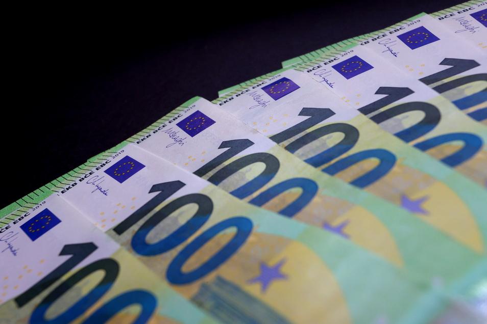 Behörden und Kommunen in Sachsen strichen 2020 fast 65 Millionen Euro aufgrund von Verstößen ein.