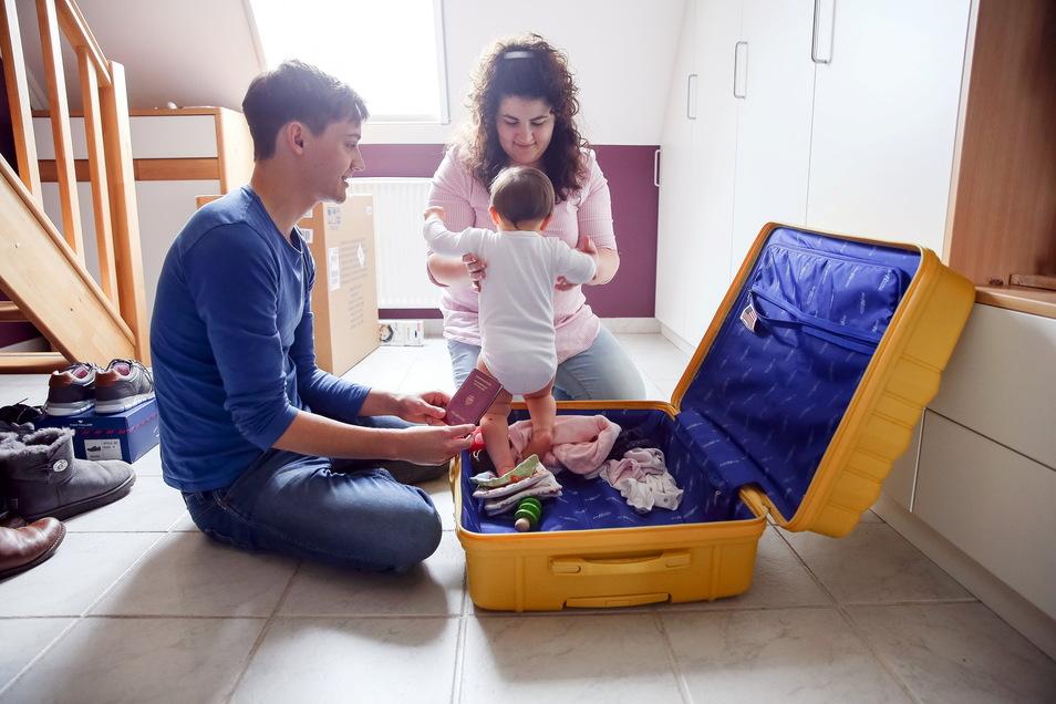 Endlich wieder Koffer packen: Nur wie sind die Regeln für ungeimpfte Kinder?