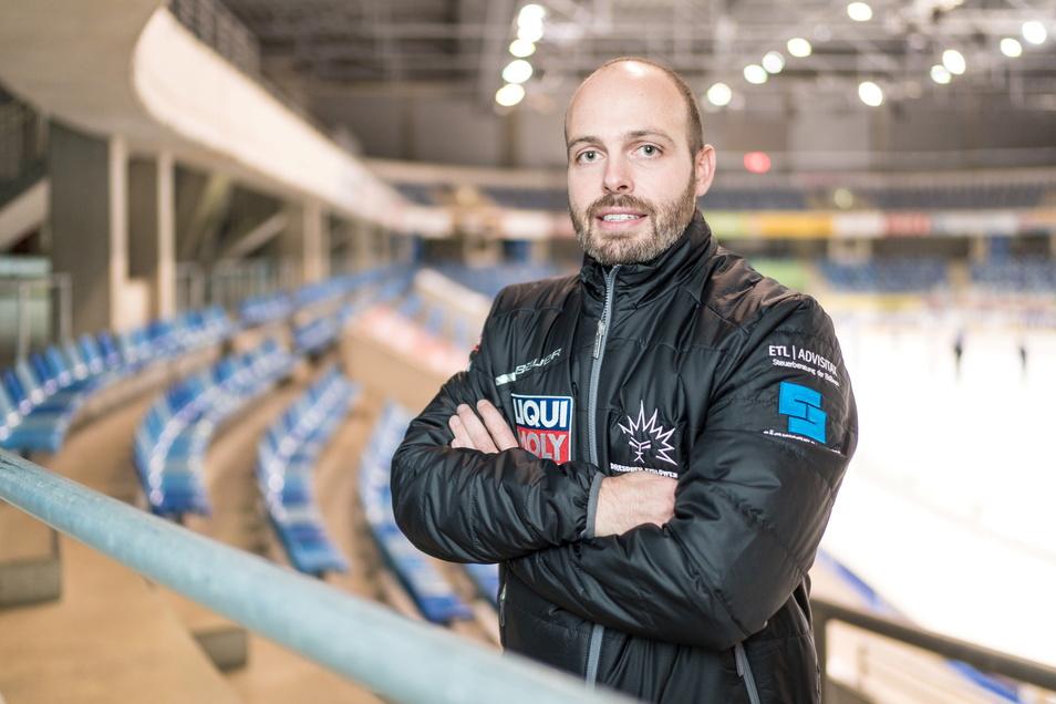 """""""Ohne Nothilfen hätten wir als Klub niemals überlebt"""", sagt Eislöwen-Geschäftsführer Maik Walsdorf."""