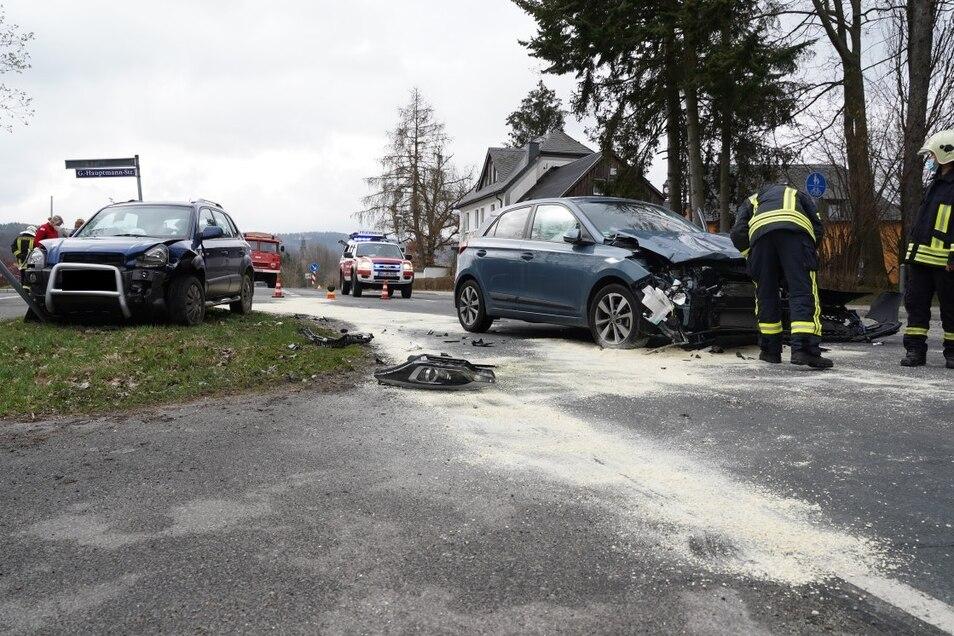 Am Sonnabendvormittag mussten Feuerwehr, Rettungsdienst und Polizei zu einem Unfall nach Sohland ausrücken.