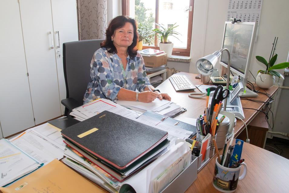 Ob Oberbürgermeisterin Beate Hoffmann im Amt bleibt, darüber entscheidet der Wähler am 7. November. Ihre Bereitschaft hat Frau Hoffmann am Dienstag erklärt.