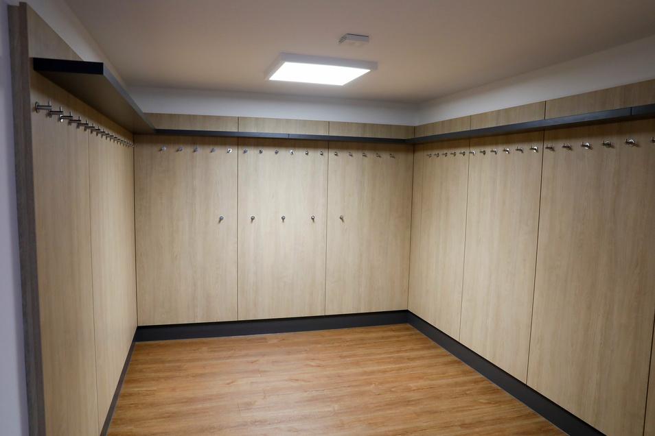 Die neu eingerichtete Garderobe im Obergeschoss.