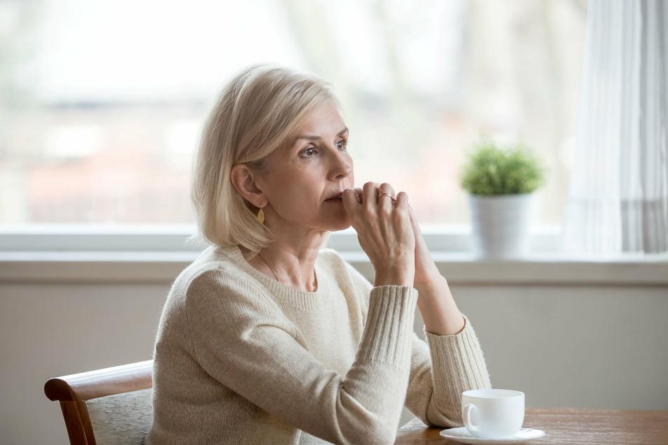 Vor der Scheidung kommt erst ein Trennungsjahr. In dieser Zeit gibt es für die Eheleute einiges zu tun - und anderes zu lassen. Sonst scheitert der Scheidungsantrag im schlimmsten Fall.