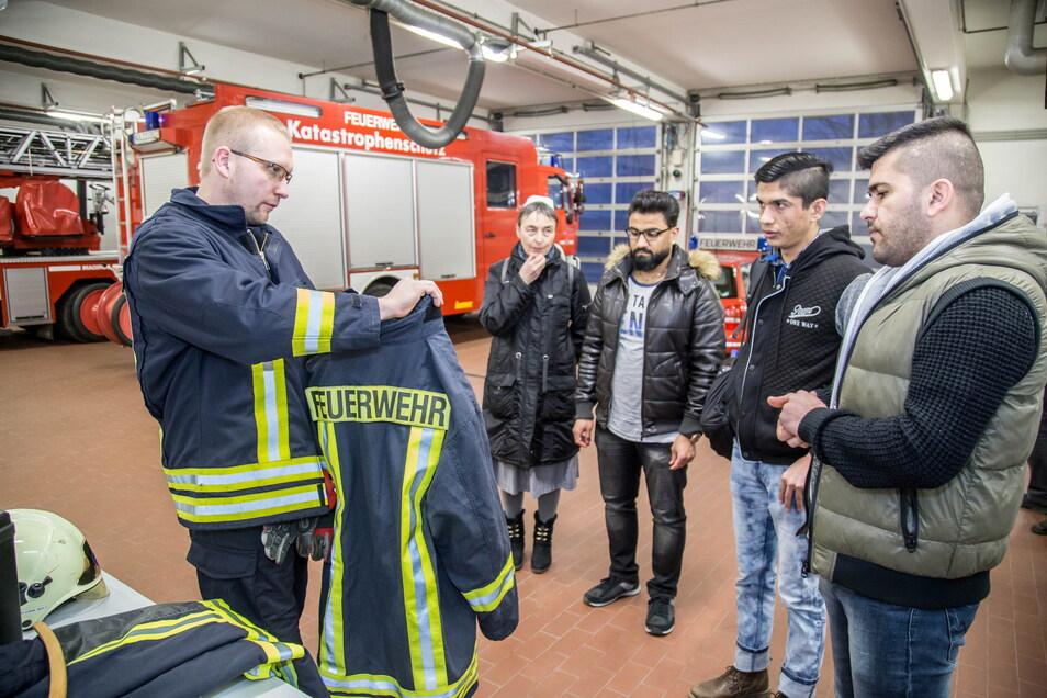 Eine Idee, die 2018 umgesetzt wurde: Flüchtlinge besuchten die Nieskyer Feuerwehr. Auch das trug zur besseren Integration bei.