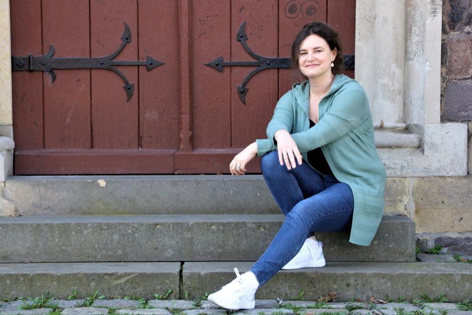 Michaela Stahl drängt sich sonst nicht in den Vordergrund, schließlich arbeitet die Journalistin beim Radio, nicht beim Fernsehen.