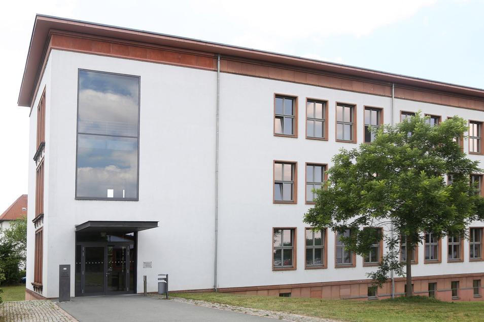 Auf dem Campus der Studienakademie Riesa in Gröba beginnt bald das neue Semester. Es wird weiterhin von Corona-Auflagen geprägt sein.