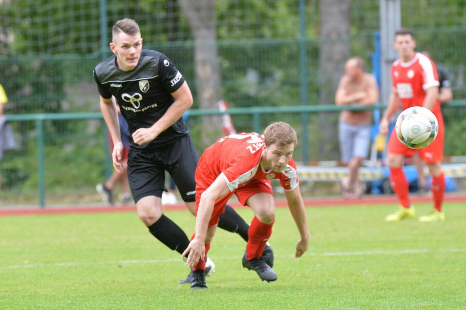 Die Freitaler, hier mit Erik Schütze (l.) im Pokal im Einsatz, bestreiten am Sonnabend ihr erstes Heimspiel in Sachsens höchster Liga.