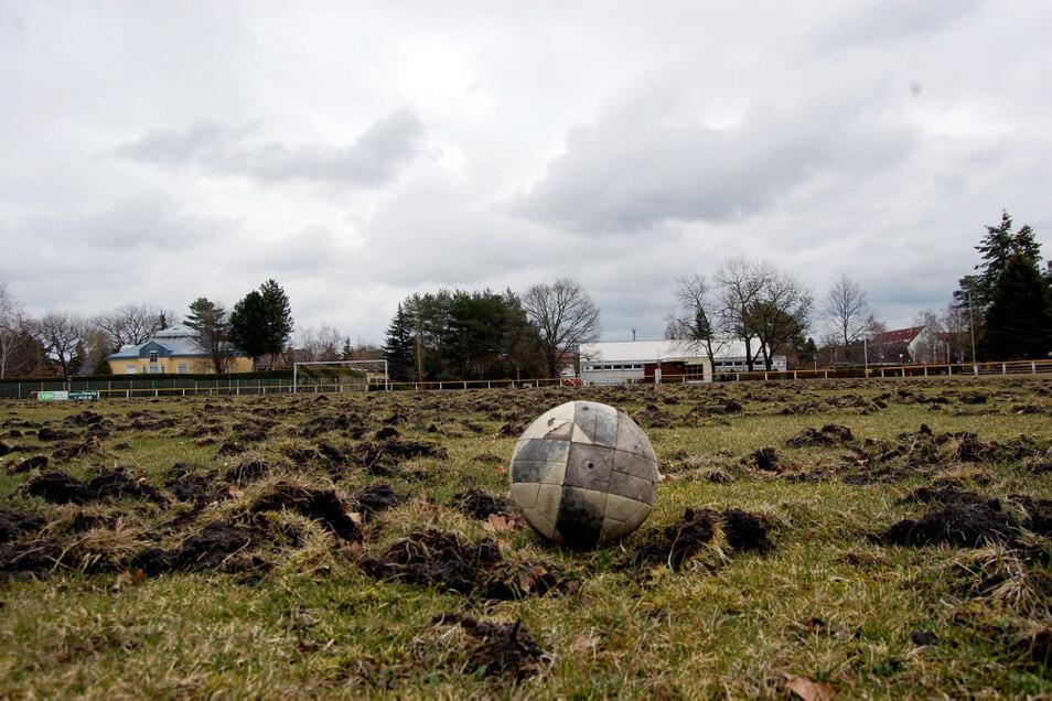 Die Sanierung des Knappenroder Sportplatzes lässt sich nicht finanzieren.