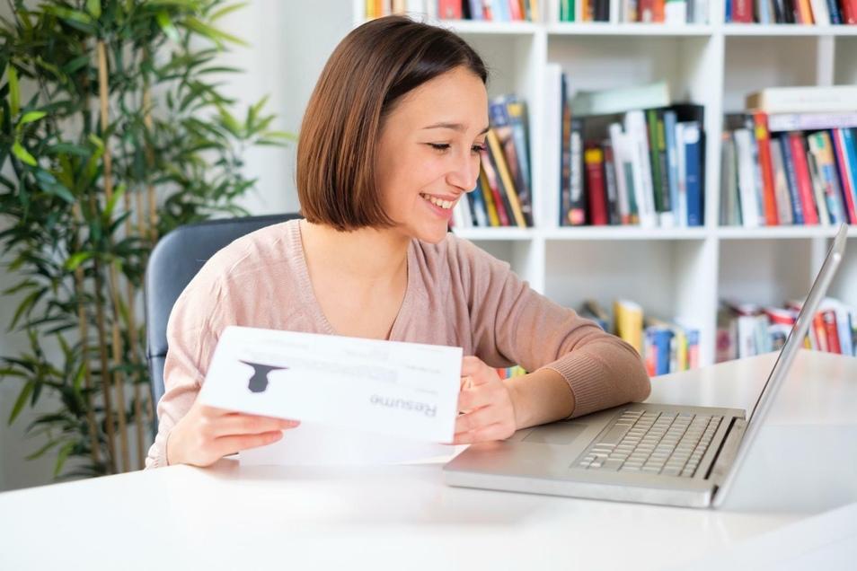 Verschiedene Aktivitäten während des Studiums können den Lebenslauf deutlich verbessern.