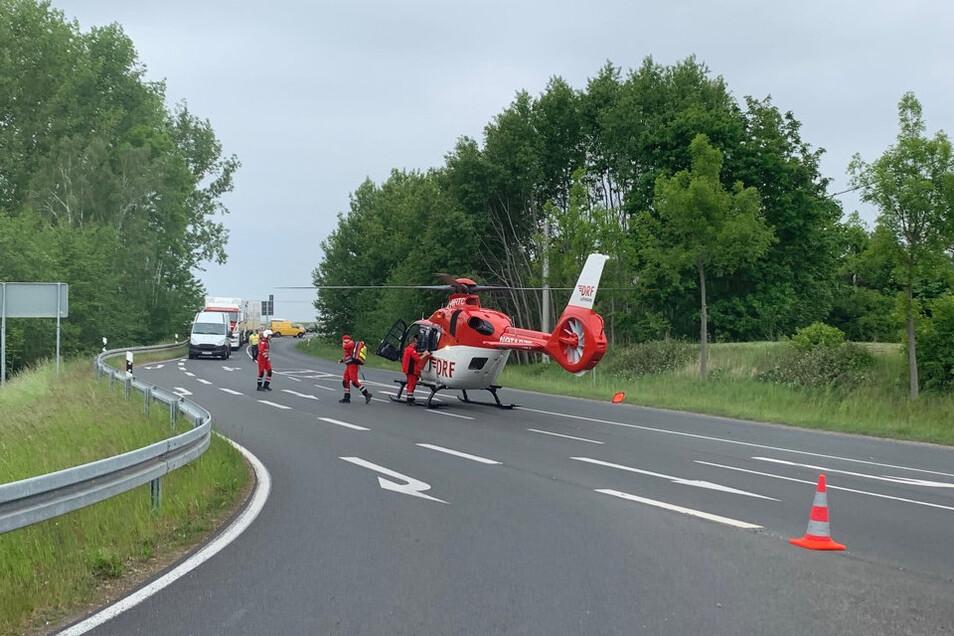Auch ein Rettungschrauber war vor Ort im Einsatz.