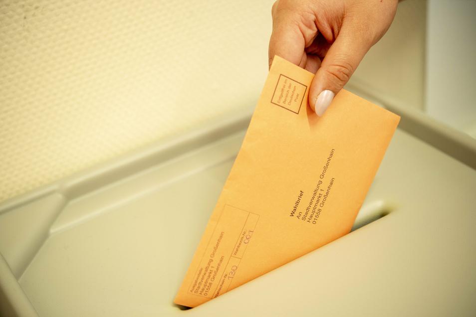 Im Großenhainer Einwohnermeldeamt sind bislang 3.140 Anträge auf Briefwahl gestellt worden. Noch bis Freitag besteht dazu die Gelegenheit.
