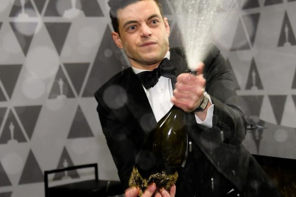 """Für seine Darstellung des Queen-Sänger Freddie Mercury in """"We Will Rock You"""" gewann Rami Malik den Oscar. Nun spielt der den neuen Bond-Bösewicht Safin - ohne künstliche Schneidezähne."""