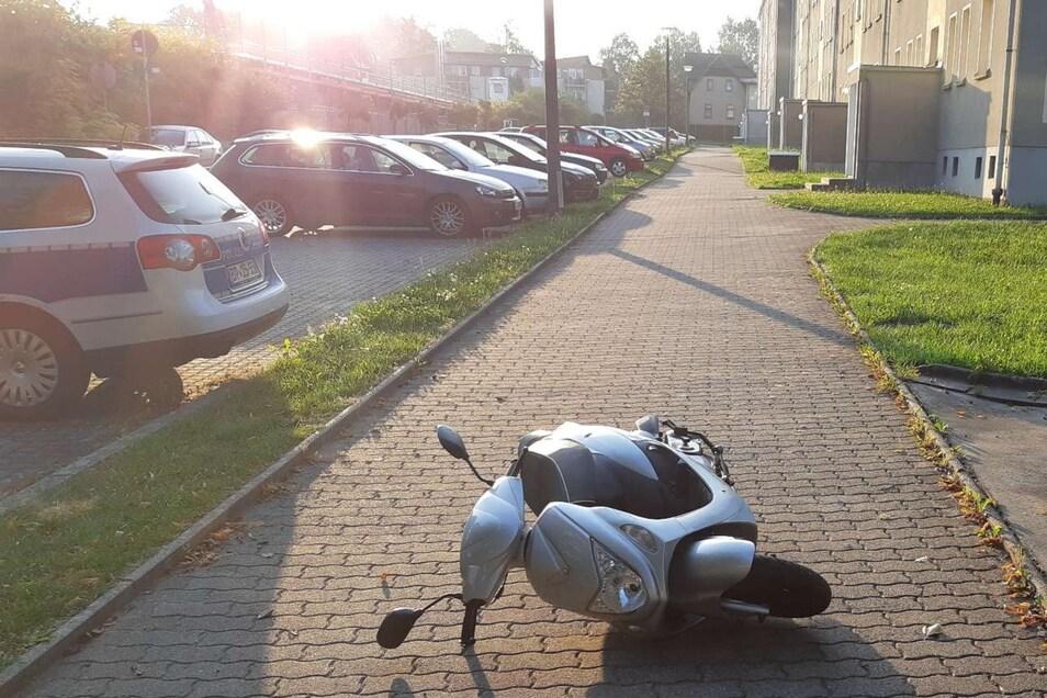 Dieses Moped haben Diebe in Ebersbach zurückgelassen.
