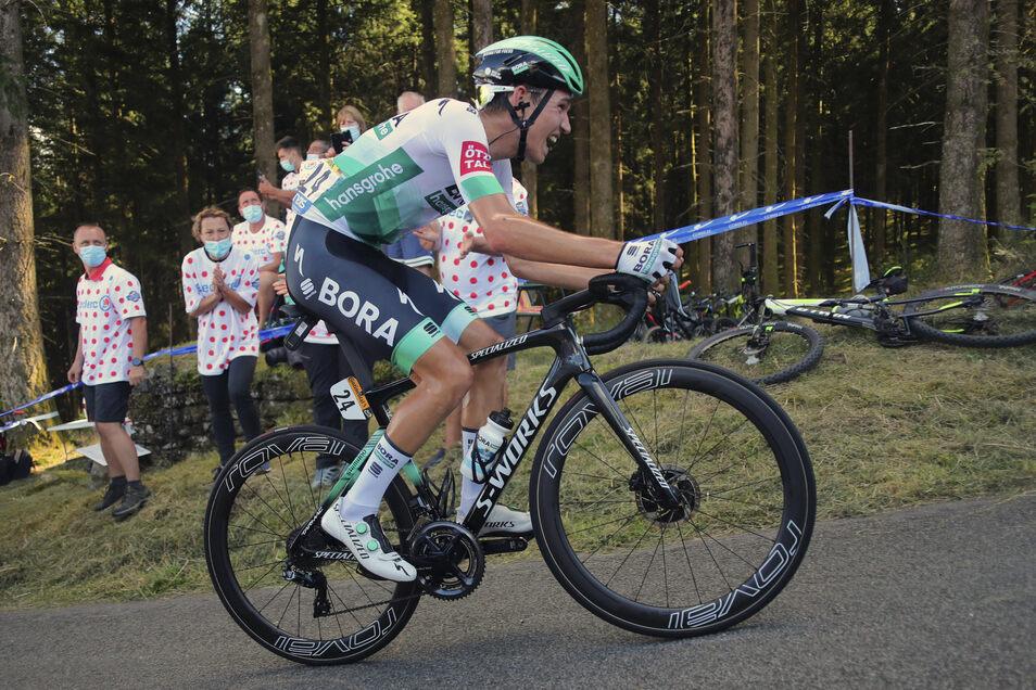 Schon auf der 12. Etappe war Lennard Kämna in einer Ausreißergruppe dabei.