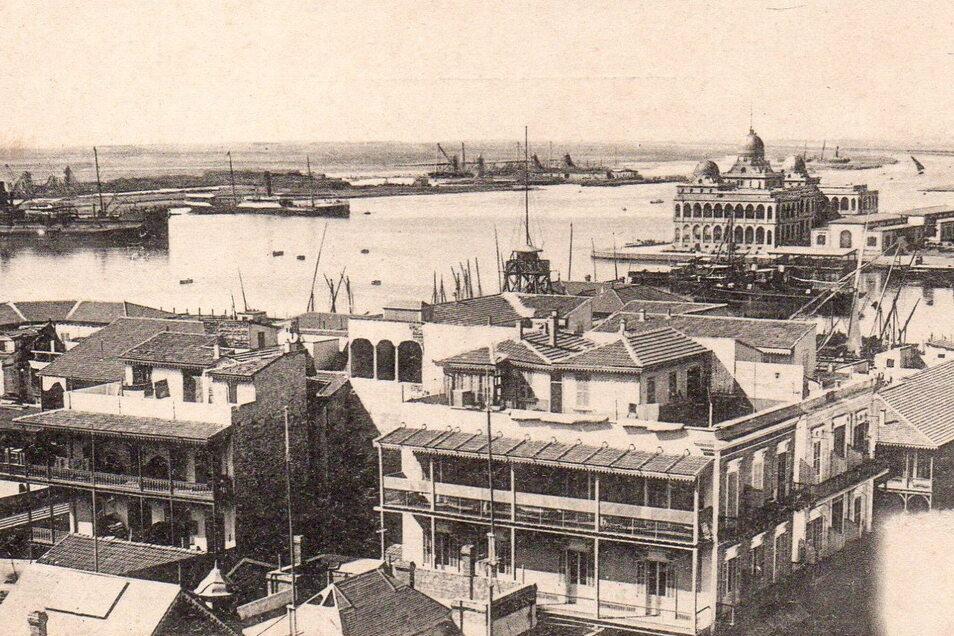 """Die ägyptische Hafenstadt Port Said auf einer historischen Postkarte. Hier fährt die """"Goeben"""" mit Karl Kockisch in den Suez-Kanal ein."""