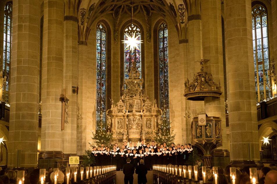 Kinder der Kurrende sangen in den letzten Jahren zu Weihnachten während der Christvesper in der Kirche St. Marien Pirna. Dieses Jahr ist vieles anders. Aber nicht alles.