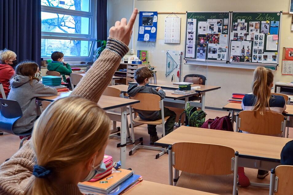 Sinken die Zahlen weiter, könnten einige Schüler in der nächste Woche in ihre Schulen zurückkehren.