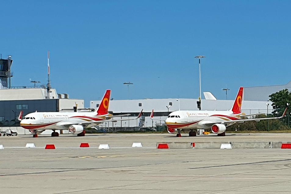 In Klotzsche sind unter anderem zwei Maschinen für die chinesische Chengdu Airlines abgestellt worden.