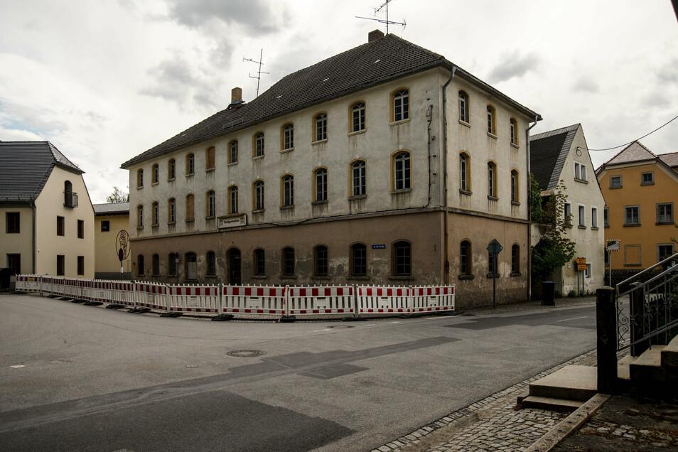 Die ehemalige Parkgaststätte in Gaußig ist in schlechtem Zustand. Der Eigentümer sucht nach einer neuen Nutzung.