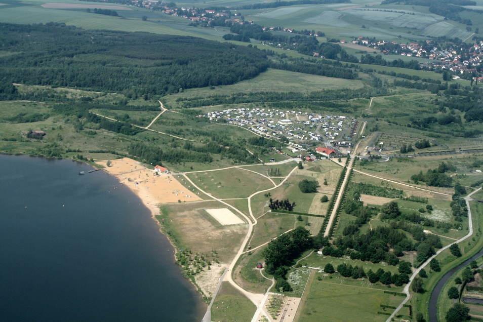 Blick auf den Campingplatz und den Olbersdorfer See.