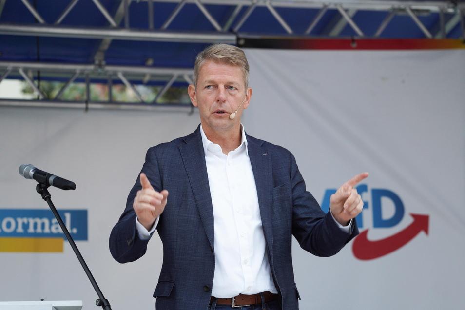 Er leugnet den menschengemachten Klimawandel und bestreitet die Gefahren von Corona. 2017 wurde der AfD-Abgeordnete Karsten Hilse im Wahlkreis Bautzen I direkt in den Bundestag gewählt. Bei der Wahl am Sonntag kandidiert er erneut.