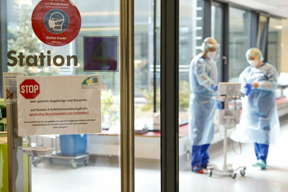 Die extra eingerichtete Isolierstation für Corona-Patienten im Zittauer Krankenhaus wird immer noch gebraucht.