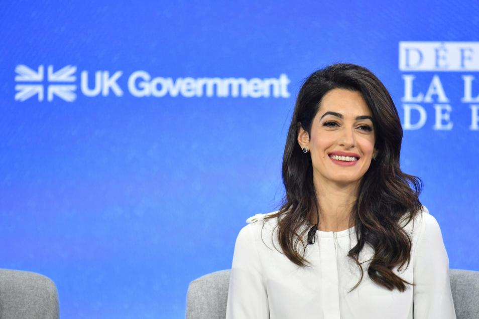 Staranwältin Amal Clooney ist nicht mit der Brexit-Politik der britischen Regierung einverstanden.