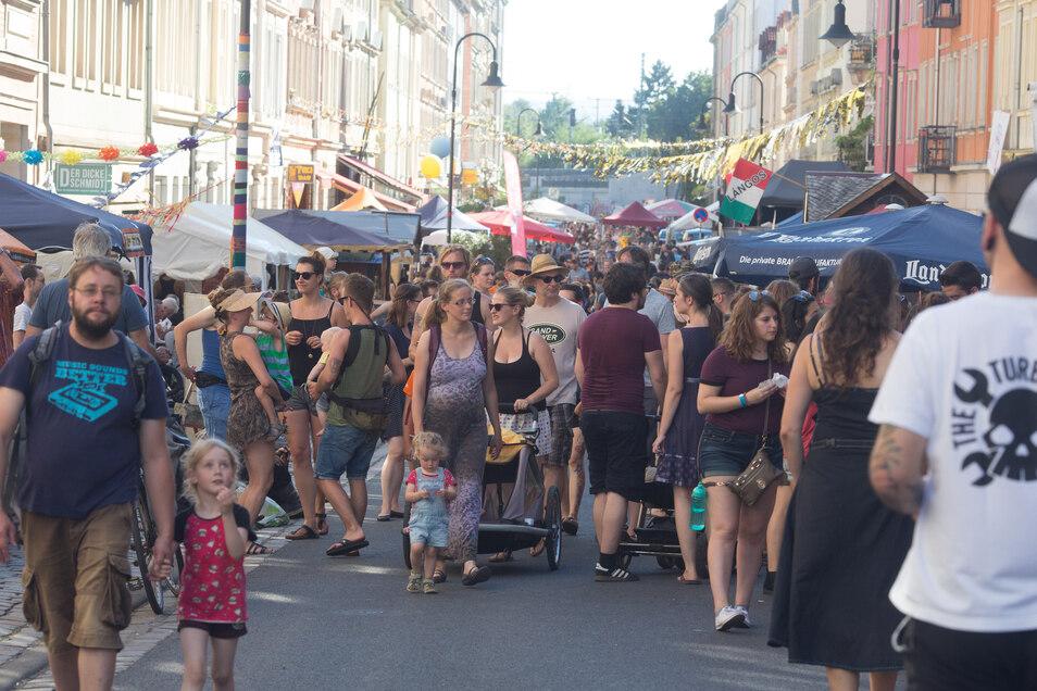Weniger Besucher - davor haben die Hechtfest-Macher Angst, wenn die Stadt ihre Pläne für neue Radbügel im Viertel durchsetzt.