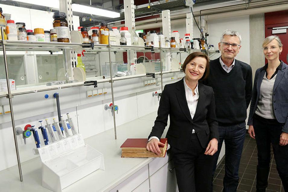 Professorin Marina Münkler (vorn), Professorin für ältere und frühneuzeitliche Literatur und Kultur