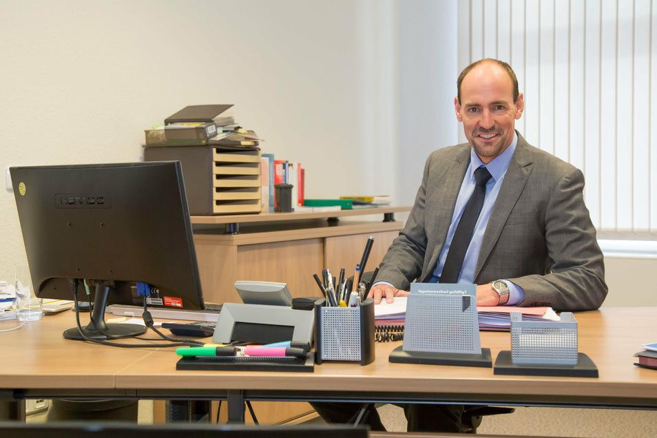Jörg Kalbas ist der neue Geschäftsführer der Gemeinnützigen Wohnungsbaugesellschaft Niesky. Nach sechs Wochen im Amt ist er mit einer ungewollten Herausforderung konfrontiert: die Corona-Krise.
