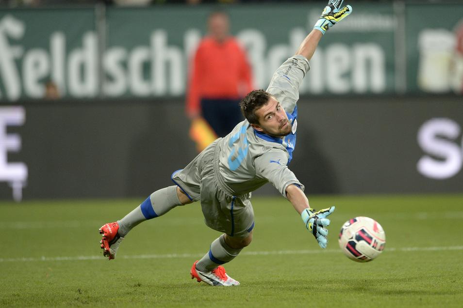 Benjamin Kirsten stand sieben Jahre bei Dynamo Dresden unter Vertrag, wurde als Aufstiegsheld 2014 und Elfmeterkiller für die Fans zu einem Idol wie einst sein Vater Ulf als Stürmer.