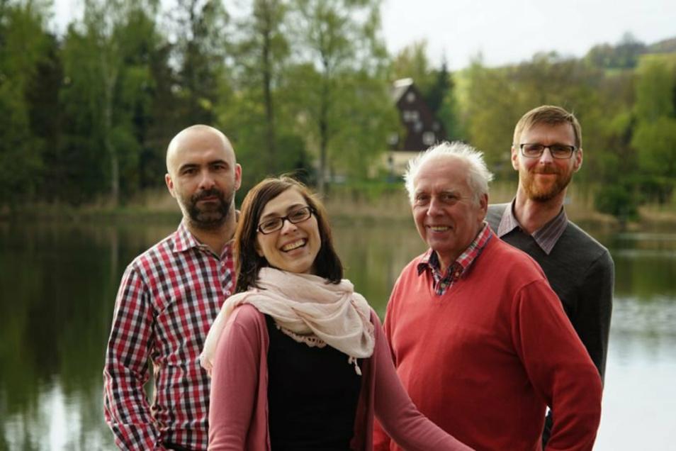 Das ist der Vereinsvorstand vom Buschmühlenbad: Patrick Mensch, Veronika Satlow, Hans-Jürgen Knoth und Vorsitzender Sven Heinrich (v. l.).
