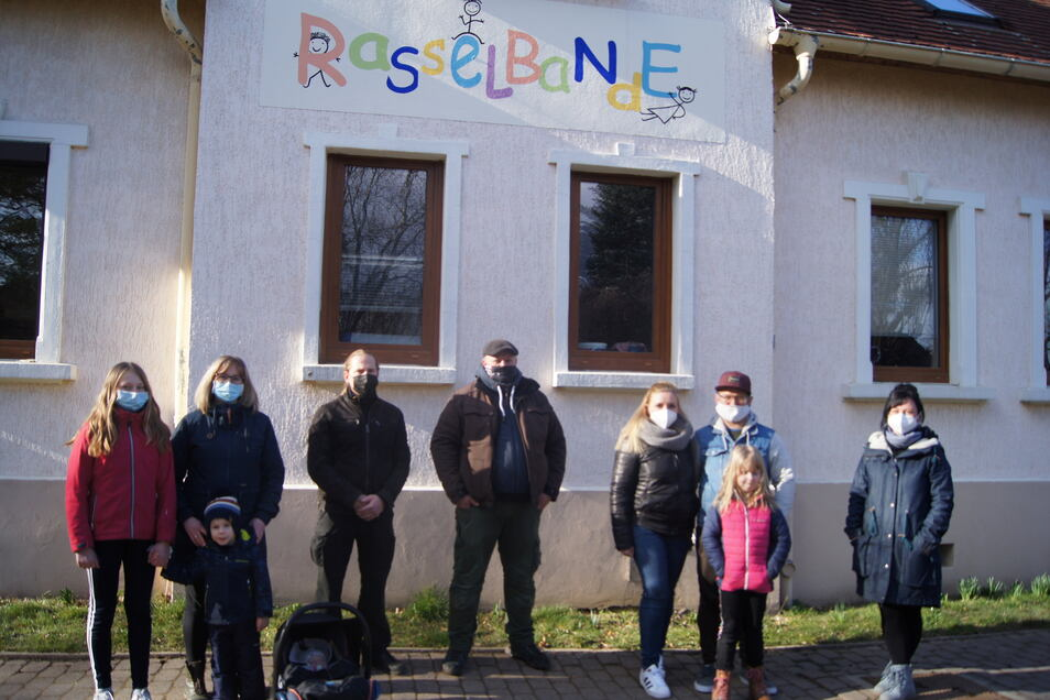 Die Eltern ärgern sich über die Personalpolitik der Stadt Kamenz: Sie sind traurig, dass eine langjährige Erzieherin kurzfristig gehen musste.