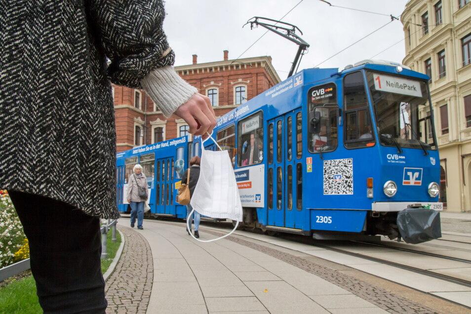 Sachsens Nahverkehr wird von den Kreisen und Städten organisiert. Dafür gibt es fünf Verbünde wie den VVO für die Region Oberelbe oder den VMS für Mittelsachsen.