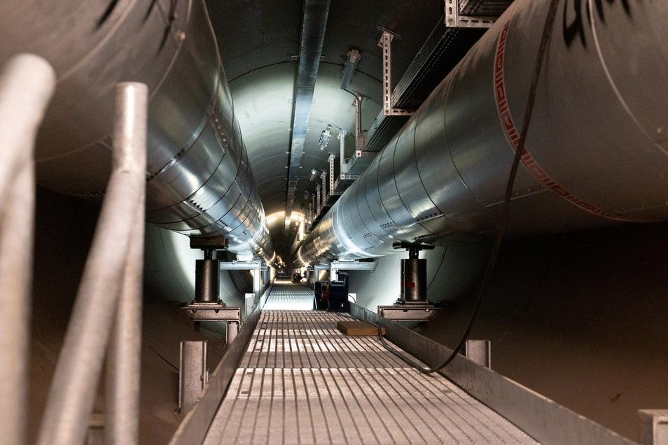 240 Meter lang ist der Elbtunnel. Die SachsenEnergie hat dafür rund neun Millionen Euro investiert.