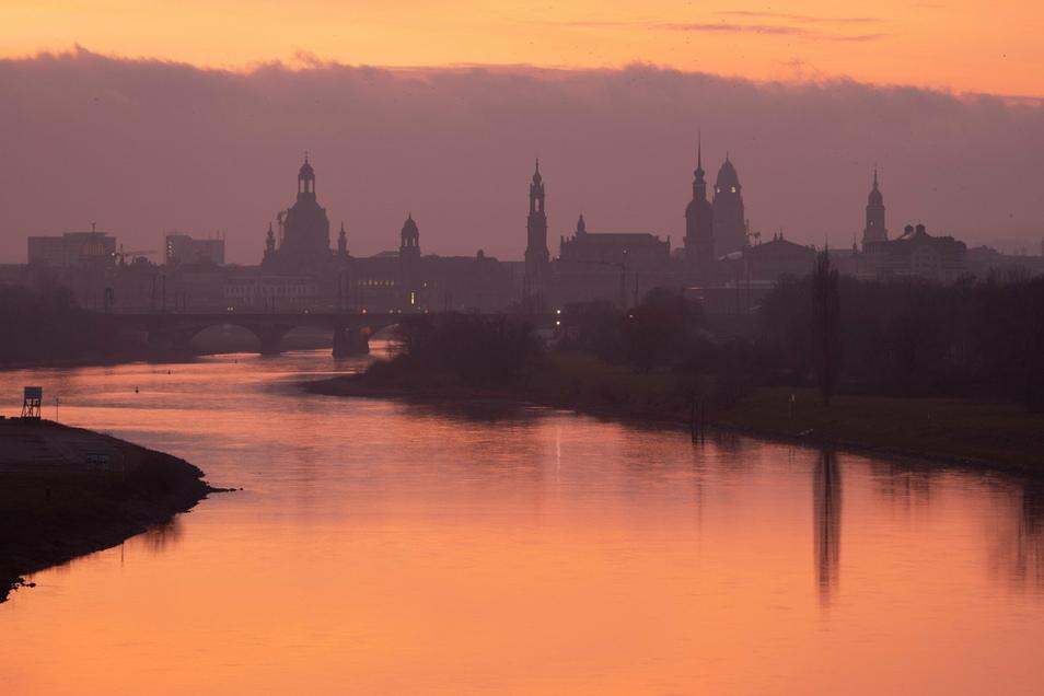 Dresden ist am Mittwochmorgen im Internet vorübergehend nicht zu finden.