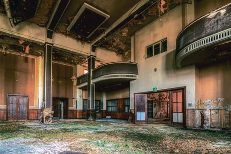 Blick in den ehemaligen Ballsaal,