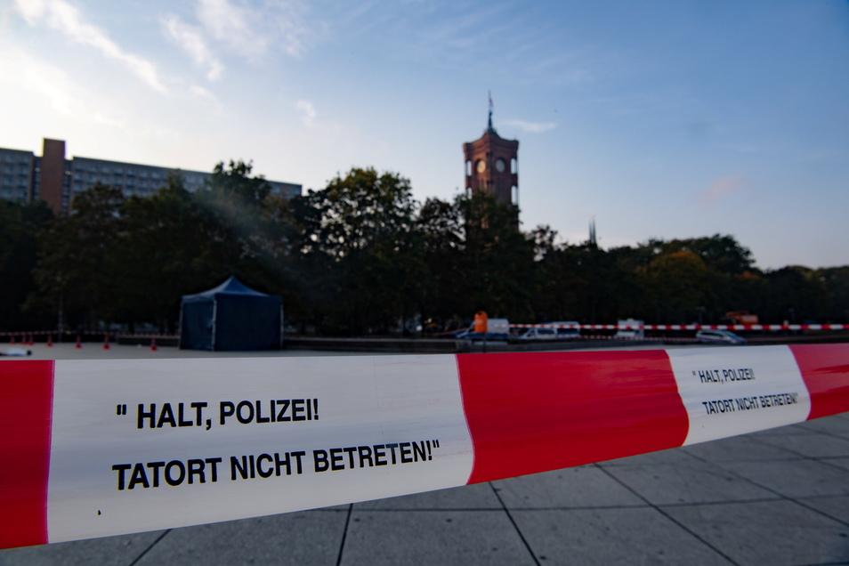 Am Alexanderplatz wurde am Freitag eine Leiche gefunden.
