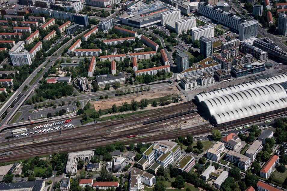 Dresdens Fernbus-Halt wechselt die Hauptbahnhof-Seiten.