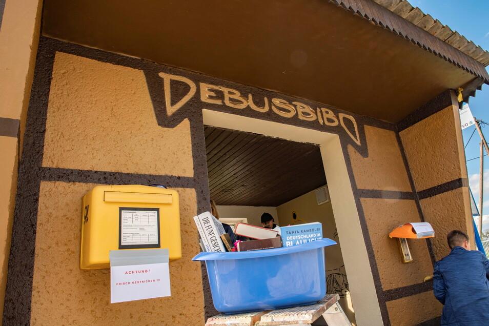 """An der neuen """"Busbibo"""" in Lötzschen wird das Warten auf den Bus nun nicht mehr langweilig."""