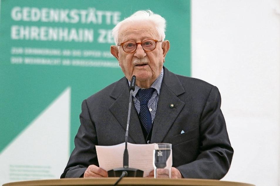 Der 98-jährige Michele Montagano ist einer der letzten Überlebenden der Kriegsgefangenenlager.