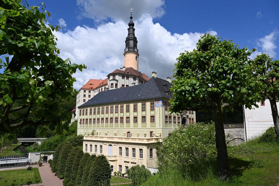 Ab Montag kann nicht nur im Weesensteiner Schlosspark spaziert werden, sondern auch wieder durch das Schloss.