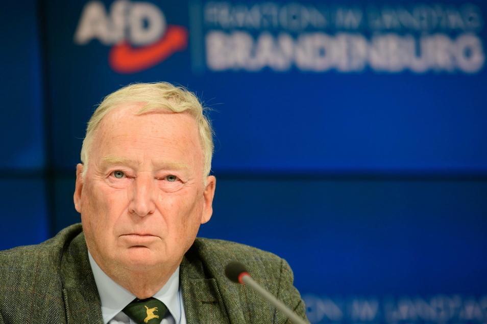 Alexander Gauland, Ehrenvorsitzender der AfD, hat sich gegen Corona impfen lassen.