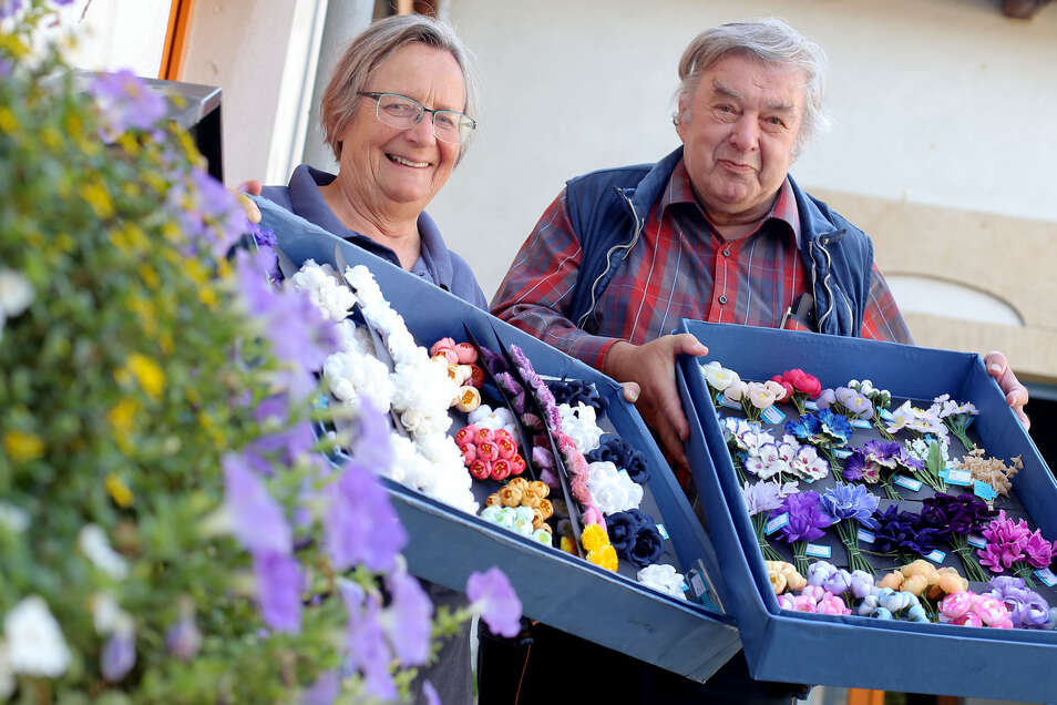 Heide und Gerald Steyer lassen in Wallroda Blütenträume reifen.