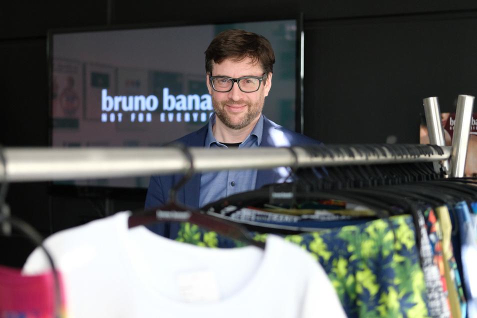 Jan Jassner, Geschäftsführer der Bruno Banani Underwear GmbH, in der Zentrale seines Betriebes.