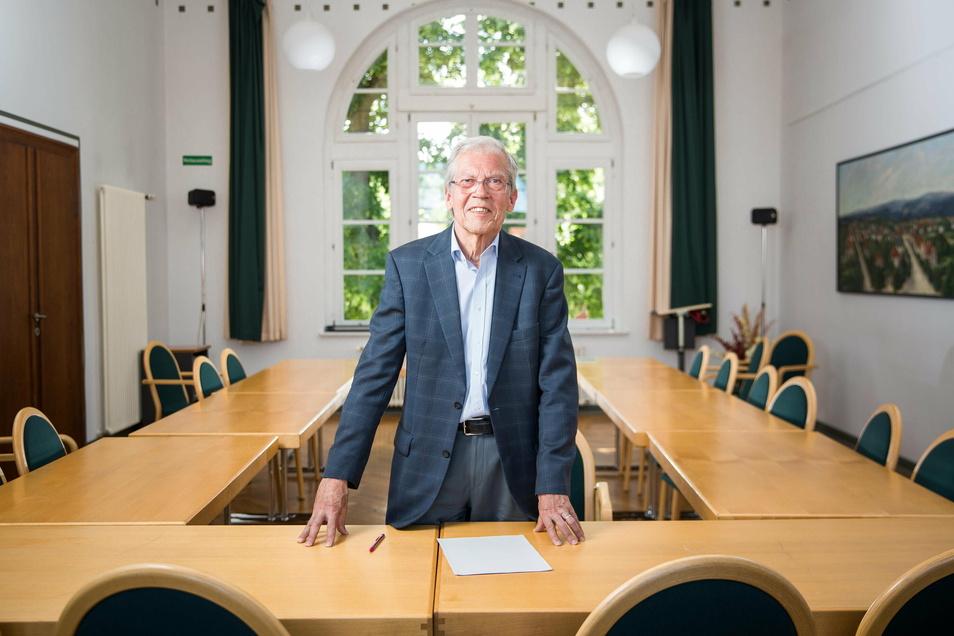 Klaus-Jürgen Wilhelm engagiert sich als Friedensrichter in Klotzsche.