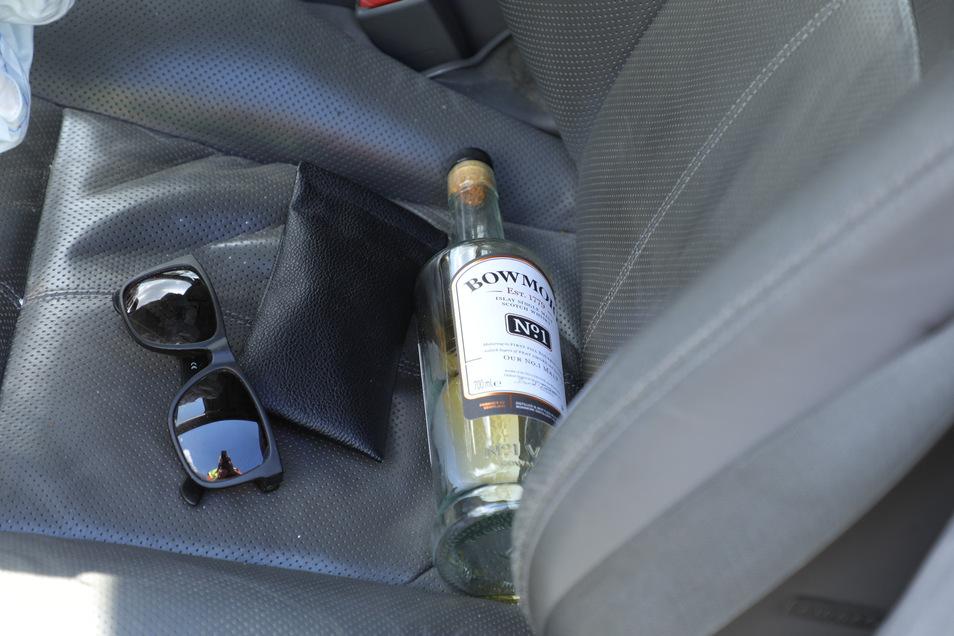 Stark alkoholisiert war ein Mann mit seinem Mercedes unterwegs.