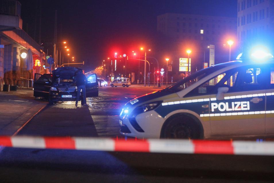 Zufallstreffer: Bundespolizisten fanden im Februar am Dresdner Hauptbahnhof in einem Auto mehrere Handgranaten.