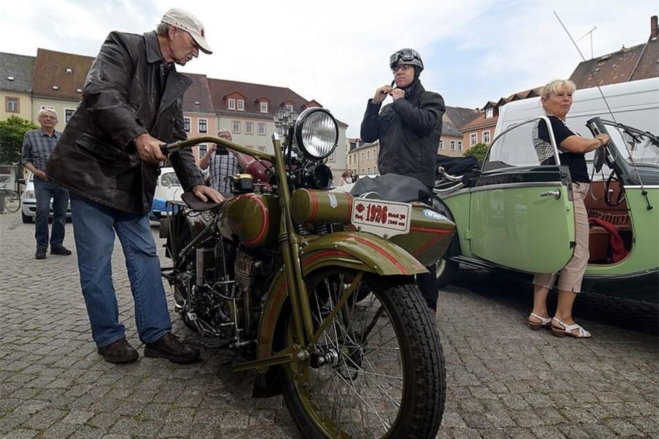 Das älteste Fahrzeug, das bei der Rallye an den Start geht, ist die Harley Davidson von Horst Leinweber.